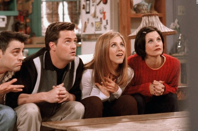 friends-cast-watching-tv-e1460487305826